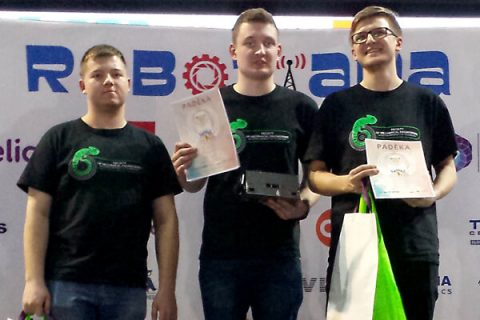 Zespół SumoMasters nagrodzony na zawodach Robotiada 2017