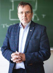 prof. dr hab. inż. Krzysztof Jan Kurzydłowski